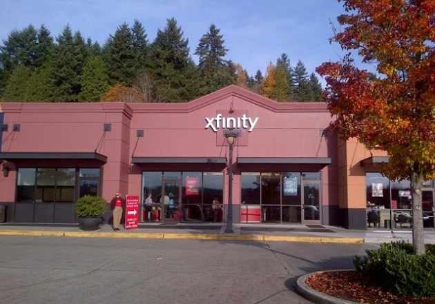 Welcome to the new XFINITY store in Redmond, with an open, airy feel ...