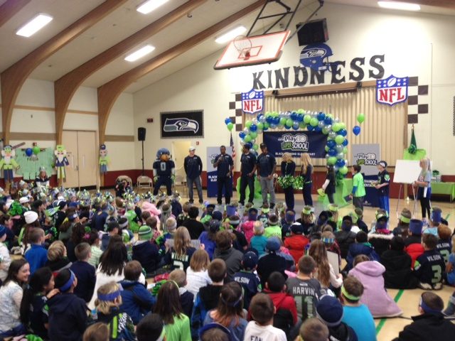 Seattle seahawks comcast and nfl network honor black diamond kids for